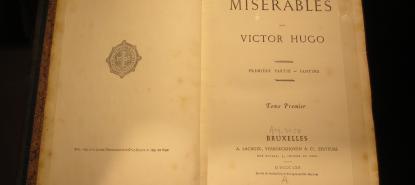 Vignette livre ouvert Les Miserables de Victor Hugo